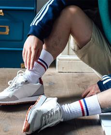 ins潮流日韩系原宿嘻哈字母条纹男女运动情侣滑板高筒袜